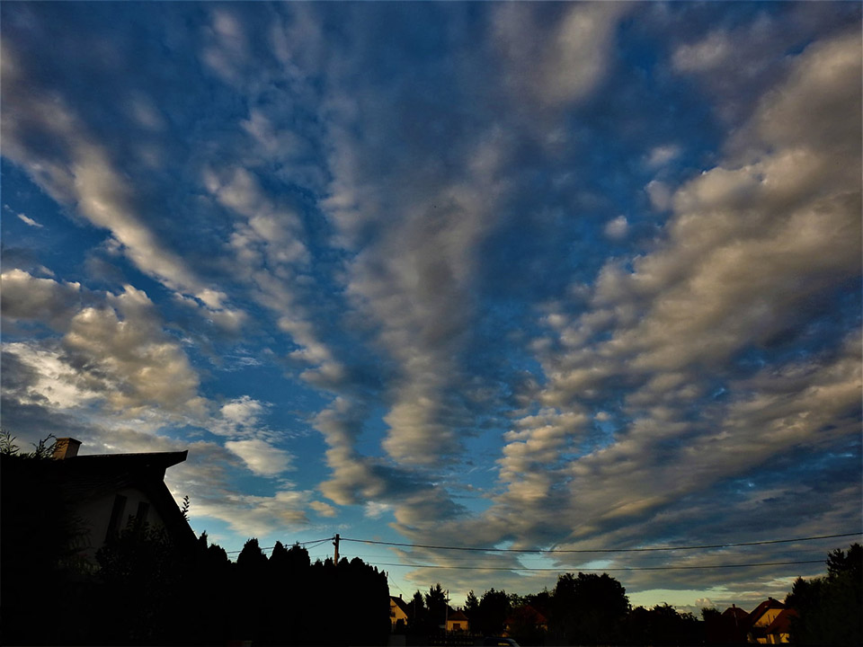 Gomolygó felhők